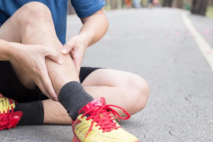 انواع و دلایل درد ساق پا