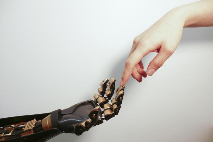 انواع پروتز دست مصنوعی و نحوه عملکرد آنها